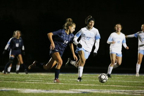 Girl's Soccer Loses in State Semi-Finals