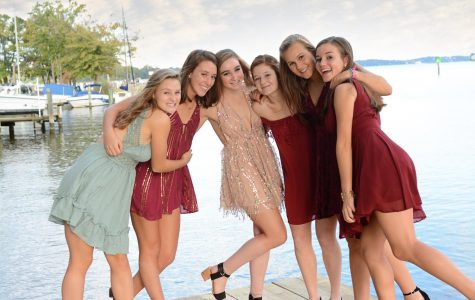 "This fall, the SPHS homecoming dance will be on Oct. 19. Many girls have already found dresses for the exciting night. ""I had an idea to see if they were on this app I had called Poshmark… I ended up finding a dress for half the price it used to be,"" senior Miriam Moghtader said."