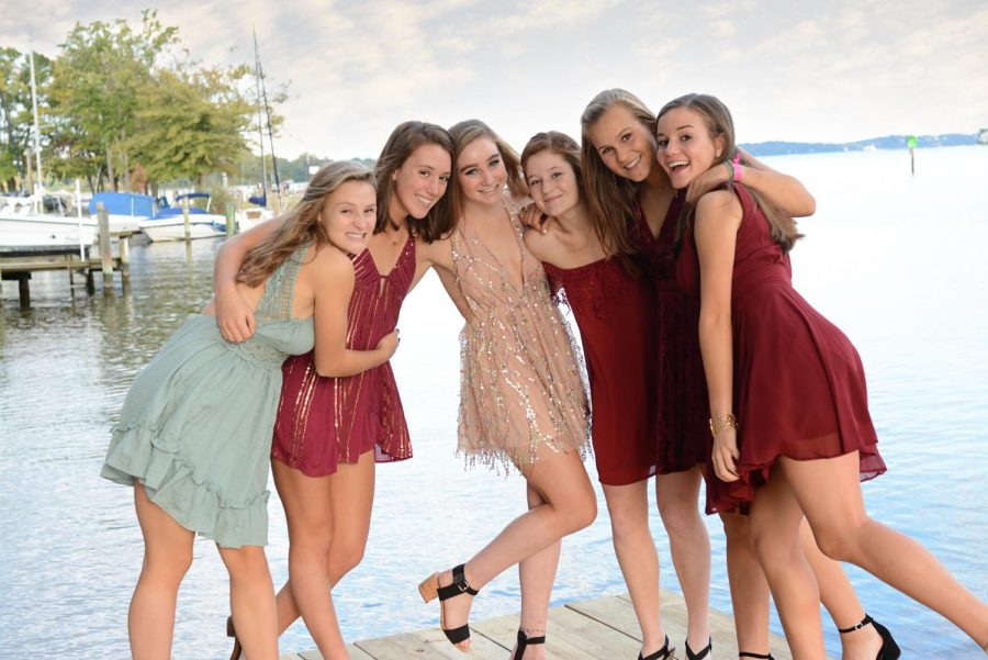 """This fall, the SPHS homecoming dance will be on Oct. 19. Many girls have already found dresses for the exciting night. """"I had an idea to see if they were on this app I had called Poshmark… I ended up finding a dress for half the price it used to be,"""" senior Miriam Moghtader said."""