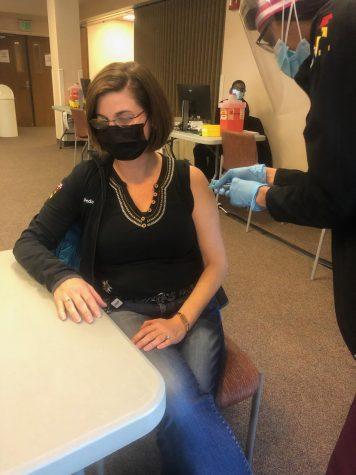 Dr. Krejci receiving the Covid-19 vaccine on 12/17/20.