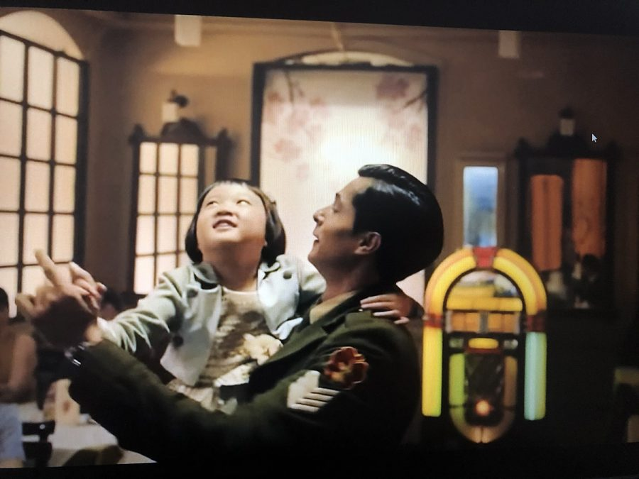 The story of two young Turkish soldiers going to South Korea from Iskenderun/Turkey did not imagine having a daughter in the middle of the battlefield. Not only the Turkish side of the story, viewers will also find some of yourself in this movie. Don't forget to get your paper towels ready.